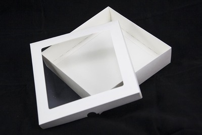 6x6 White Greeting Card Boxes With Aperture Lid