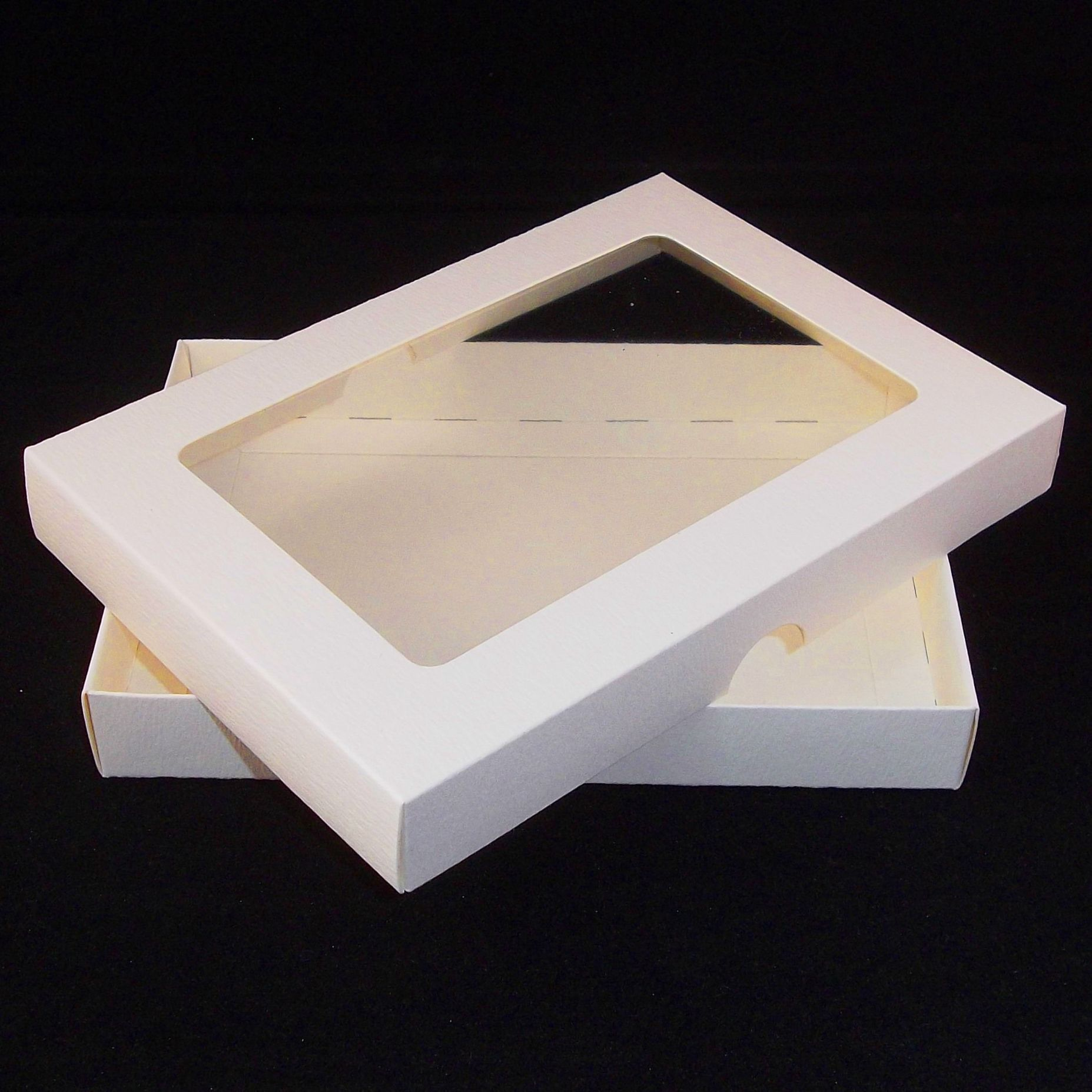A4 ivory greeting card boxes with aperture lid m4hsunfo Choice Image